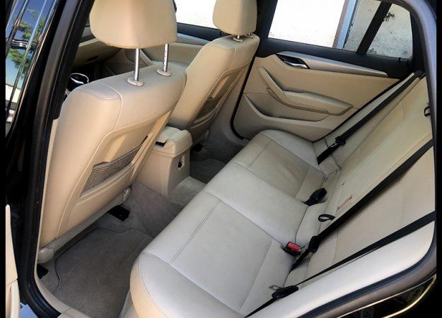 BMW X1 E84 lci 2013 28i 245km Nawi Harman M pakiet