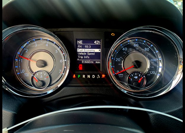 Chrysler Town & Country 2014 skóra DVD