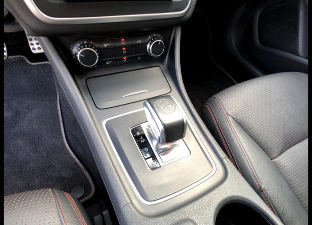 Mercedes CLA 45 AMG 360KM skóra xenon